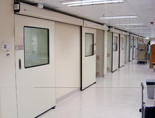درب اتوماتیک بیمارستانی | معرفی و شناخت انواع درب ساختمانی